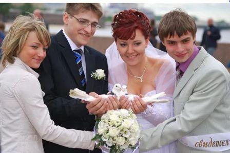 Что делают свидетели на свадьбе