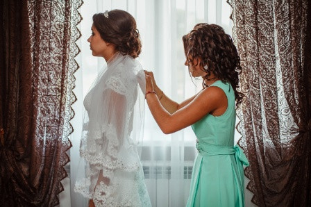 Обязанности подружки на свадьбе