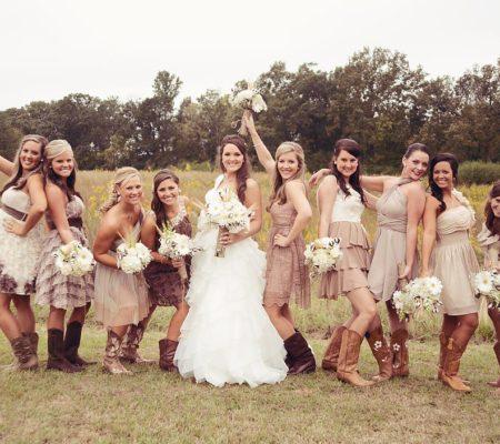 Традиции на деревенской свадьбе, фото