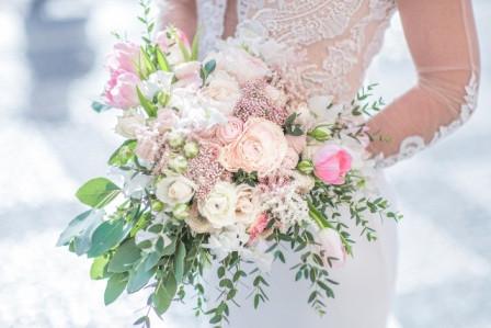 Проведение цветочной свадьбы
