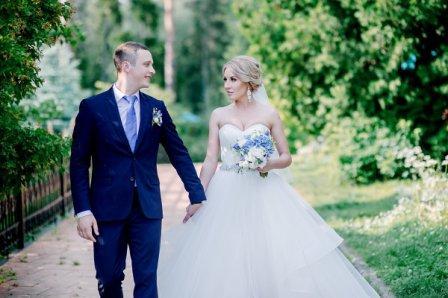 Организация свадьбы и банкета в синем стиле