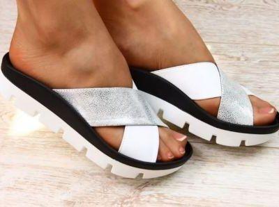 Шлёпанцы: удобство или вред для ног
