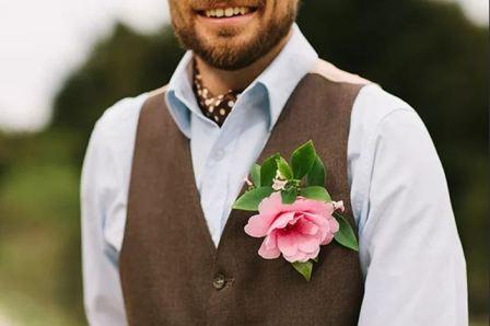Шейный платок к свадебному костюму