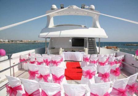 Как провести свадьбу на яхте