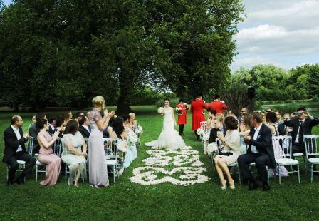 Где французы проводят свадьбу