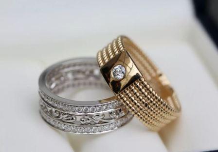 Непарные обручальные кольца