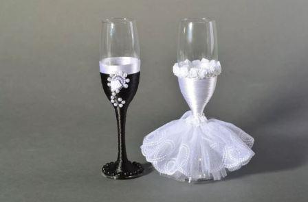 Дизайнерские бокалы на свадьбу своими руками
