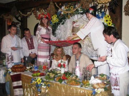 Украинское свадебное застолье