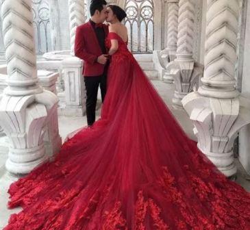 Красное свадебное платье, фото