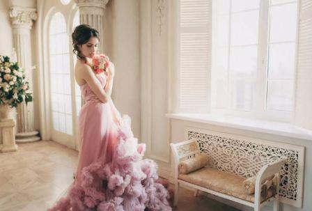 Розовое свадебное платье, фото
