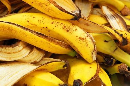 Банановая кожура: применение, польза