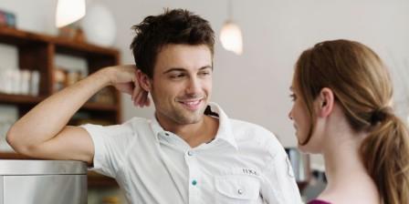 Поведение мужчины, если он влюблен