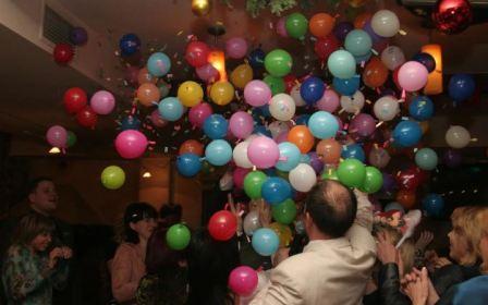 Свадебный конкурс с шариками