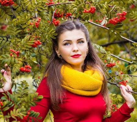 Польза красноплодной рябины для женщин