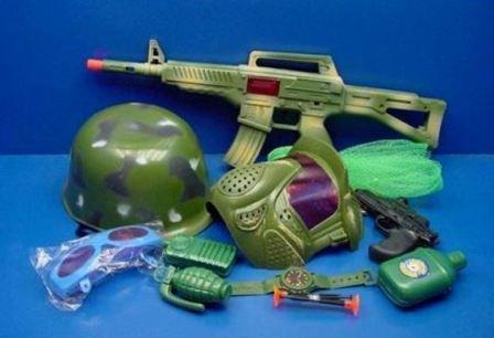 Военные игрушки: вред или польза
