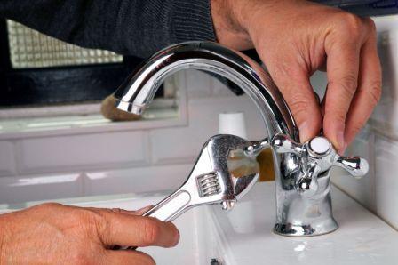 К чему бьется посуда в доме примета