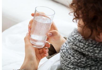 Пью очень мало воды
