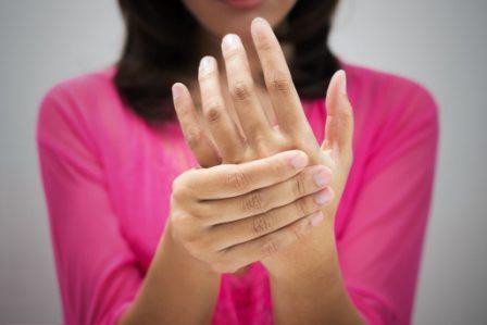 О каких болезнях говорят руки