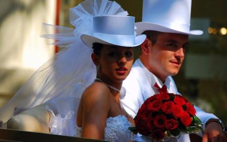 Свадебные головные уборы для невесты