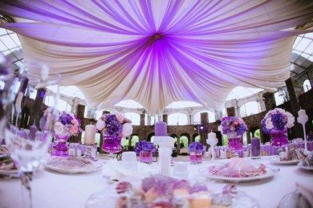 Оформление зала на свадьбу в цвете