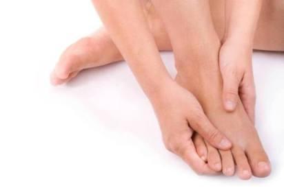 Жжение в ногах: причины