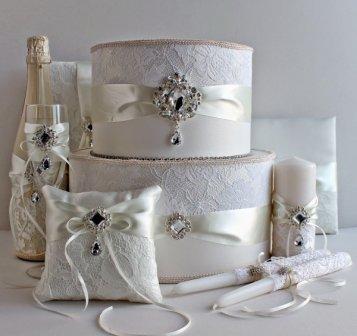 Оформление свадебных аксессуаров своими руками