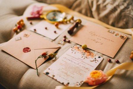 Сделать свадебные аксессуары своими руками