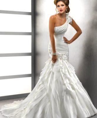 Свадебное платье асимметрия