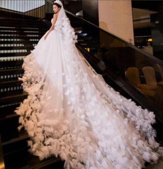 Фото самых необычных свадебных платьев