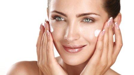 Нужны ли коже увлажняющие крема