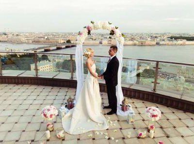 Несколько идей празднования свадьбы на свежем воздухе