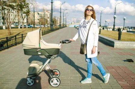 Как подобрать гардероб для молодой мамы