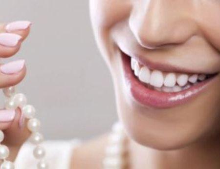 Как сохранить белоснежные зубы