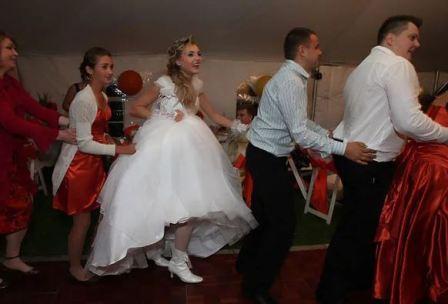 Смешные конкурсы и задания на свадьбу