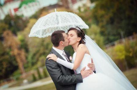 Свадебный зонт, или парасоль для невесты