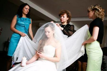 История возникновения и обряд снятия фаты с невесты