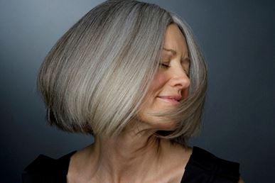 Седые волосы: в чем причина и как бороться
