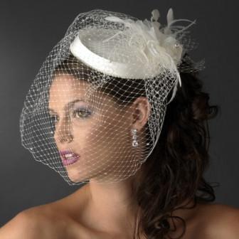Выбор свадебной шляпки